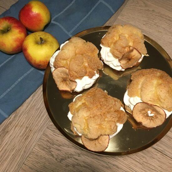 Fastelavnsboller med æblekage